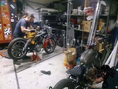 en vanlig kväll i garaget 020
